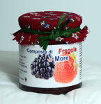 Composta di fragole e more